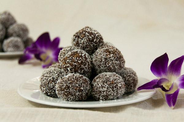 choc protein rum balls